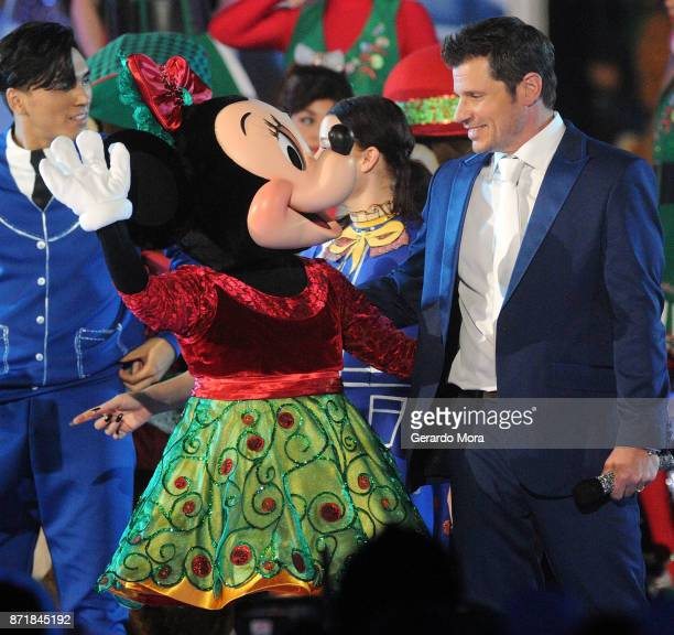 Nick Lachey performs during the taping of 'The Wonderful World Of Disney Magical Holiday Celebration' at Walt Disney World on November 5 2017 in...