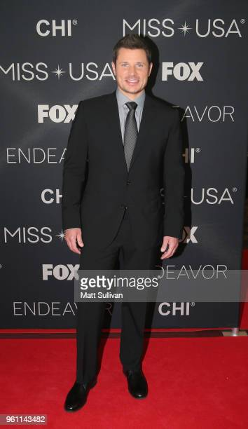 Nick Lachey poses for photos the red carpet at the Shreveport Convention Center prior to the 2018 Miss USA on May 21 2018 in Shreveport Louisiana