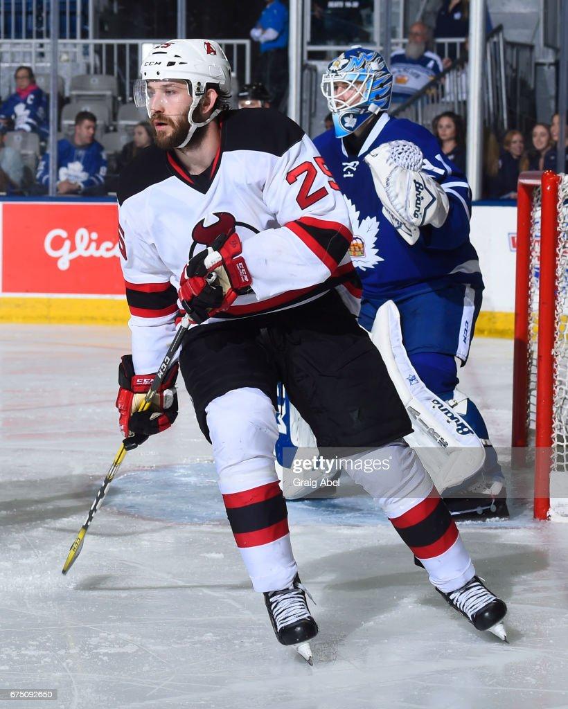 Albany Devils v Toronto Marlies : Foto jornalística