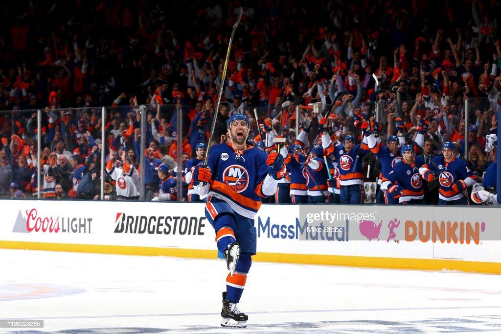 Pittsburgh Penguins v New York Islanders - Game One : News Photo