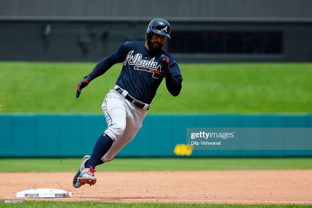 Nick Markakis #22 of the Atlanta Braves rounds third on his way to scoring a run in the sixth inning at Busch Stadium on July 1, 2018 in St. Louis, Missouri.