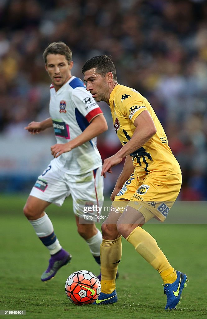 A-League Rd 27 - Central Coast v Newcastle : News Photo