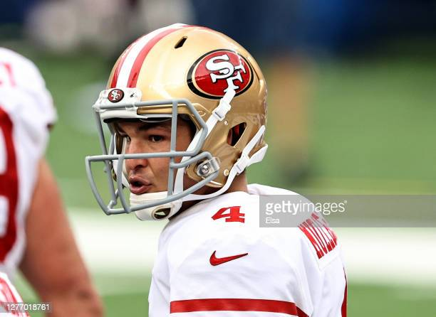 Nick Mullens of the San Francisco 49ers calls out the play before a snap in the fourth quarter against the New York Giants at MetLife Stadium on...