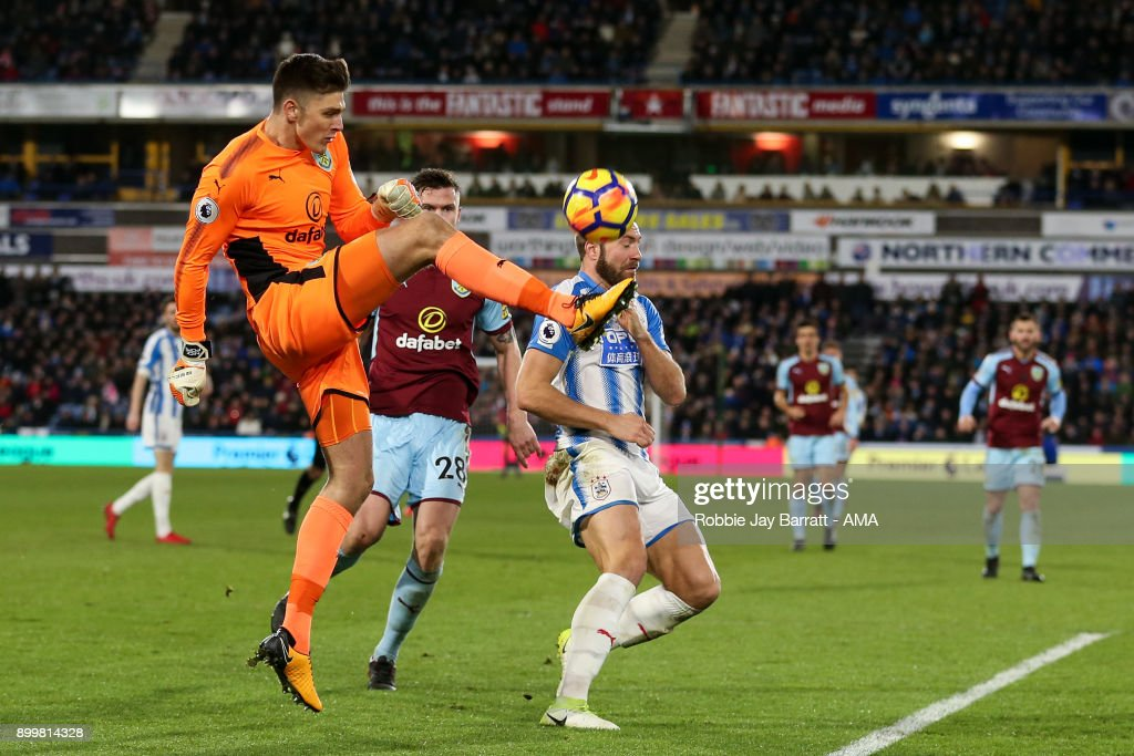 Huddersfield Town v Burnley - Premier League