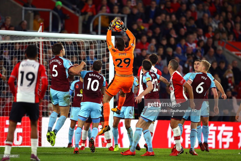 Southampton v Burnley - Premier League : News Photo