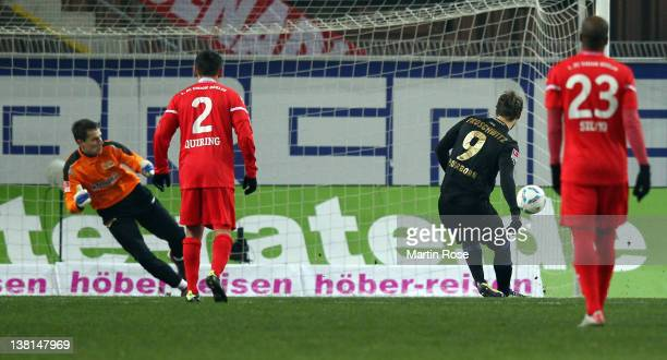 Nick Proschwitz of Paderborn scores his team's opening goal during the Second Bundesliga match between SC Paderborn and Union Berlin at the Energie...