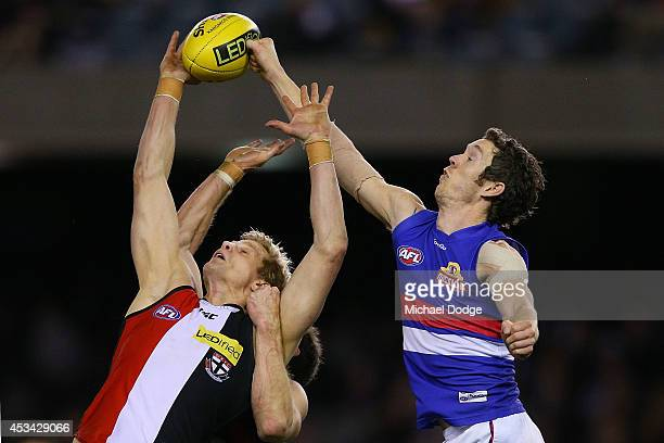 Nick Riewoldt of the Saints competes for the ball against Robert Murphy of the Bulldogs during the round 20 AFL match between the St Kilda Saints and...