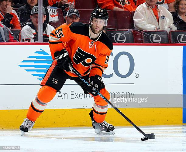 Nick Schultz of the Philadelphia Flyers takes the puck in the second period against the Pittsburgh Penguins on April 5, 2015 at the Wells Fargo...