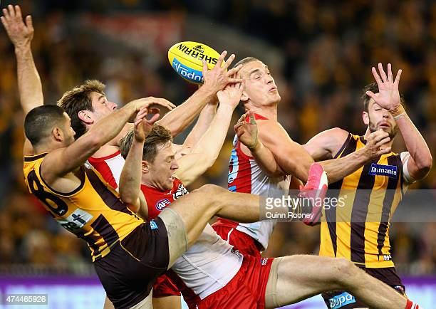 Nick Smith of the Swans takes a pack mark during the round eight AFL match between the Hawthorn Hawks and the Sydney Swans at Melbourne Cricket...