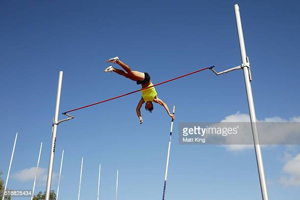 Nick Southgate of New Zealand competes in the Men's pole vault final during the Australian Athletics Championships at Sydney Olympic Park on April 3...