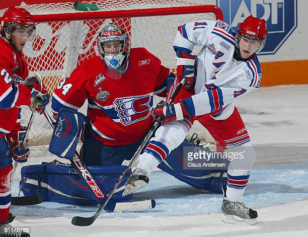 Nick Spaling of the Kitchener Rangers gets set to deflect an incoming shot at Dutin Tokarski of the Spokane Chiefs in a Memorial Cup round robin game...