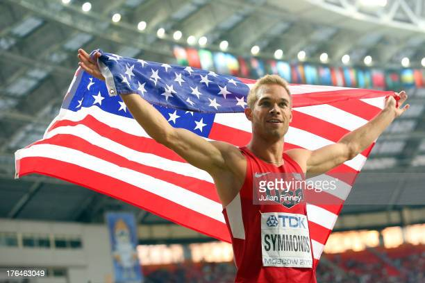 Nick Symmonds of the United States celebrates winning silver in the Men's 800 metres final during Day Four of the 14th IAAF World Athletics...