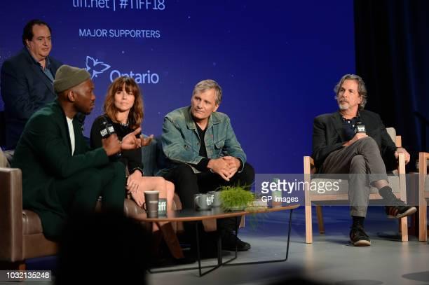 Nick Vallelonga Mahershala Ali Linda Cardellini Viggo Mortensen and Peter Farrelly attend the Green Book press conference during 2018 Toronto...