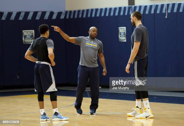 Nick Van Exel of the Memphis Grizzlies coaches Wade Baldwin IV and Marc Gasol during an all access practice on April 11 2017 at FedExForum in Memphis...