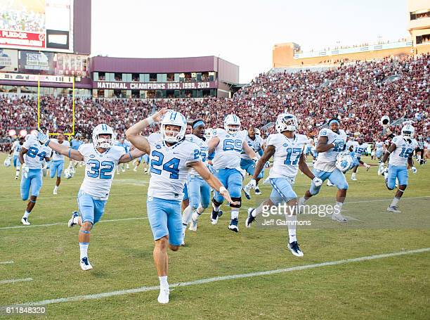 Nick Weiler and the rest of the North Carolina Tar Heels celebrate their 37-35 win over the Florida State Seminoles with a 54-yard field goal at Doak...