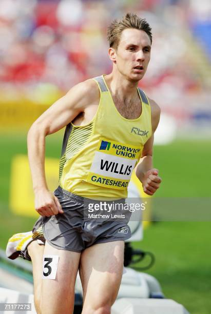 Nick Willis of New Zealand competes during the Men's 1500m at the Norwich Union British Grand Prix at the International Stadium June 11, 2006 in...