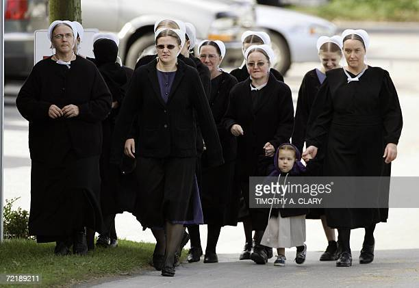 Amish sesidents arrive for the funeral one of the victims of the Amish school shooting makes its way through the town of Nickel Mines Pennsylvania 05...