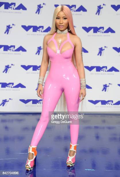 Nicki Minaj arrives at the 2017 MTV Video Music Awards at The Forum on August 27 2017 in Inglewood California