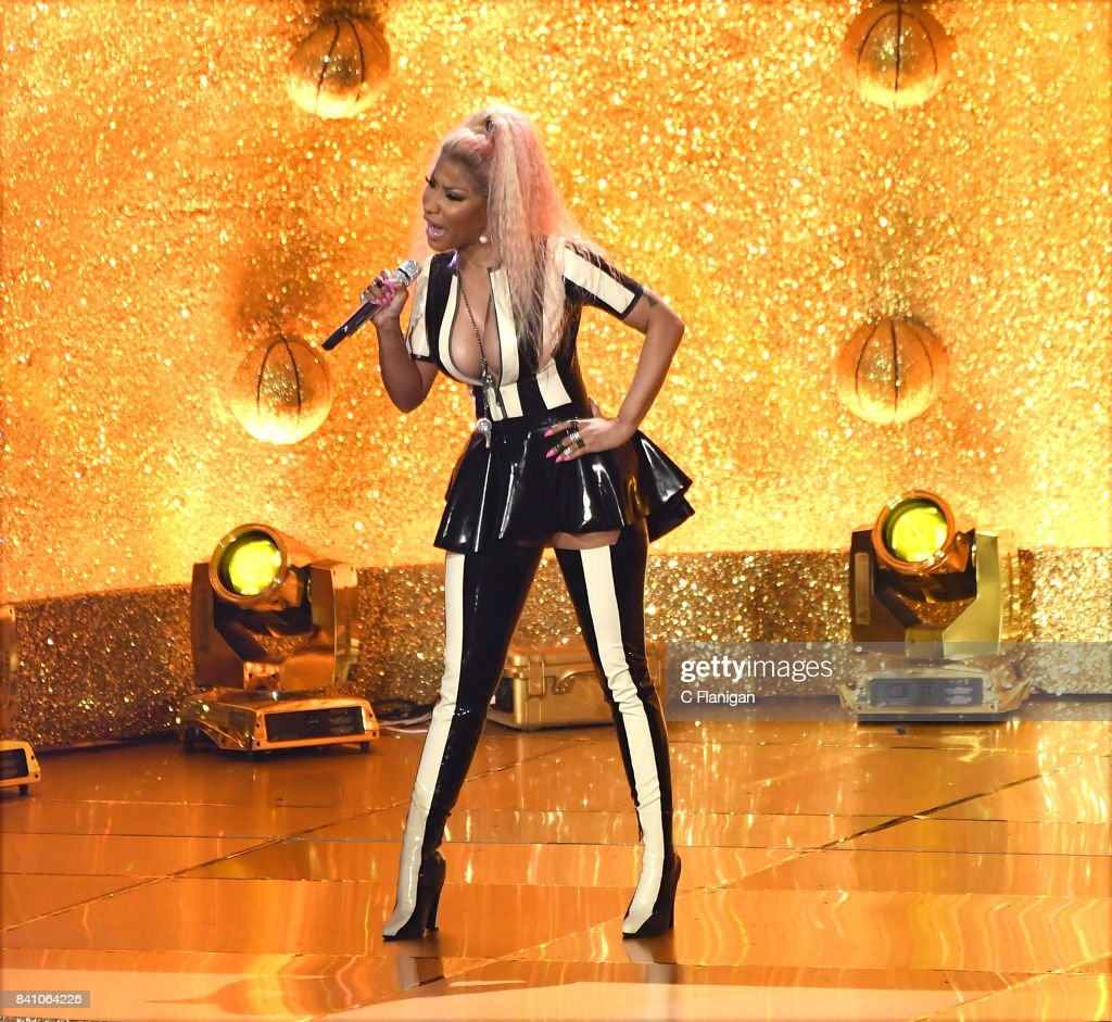 Nicki Minaj performs onstage during the 2017 MTV Video Music Awards at The Forum on August 27, 2017 in Inglewood, California.