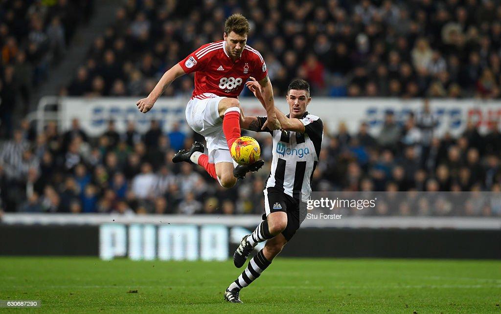 Newcastle United v Nottingham Forest - Sky Bet Championship