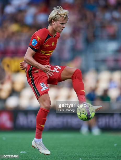 Nicklas Strunck of FC Nordsjalland controls the ball during the Danish Superliga match between FC Nordsjalland and Vendsyssel FF at Right to Dream...