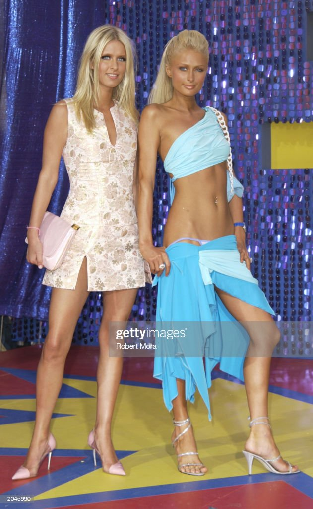 Nicky and Paris Hilton attend The 2003 MTV Movie Awards held at the Shrine Auditorium on May 31, 2003 in Los Angeles, California.