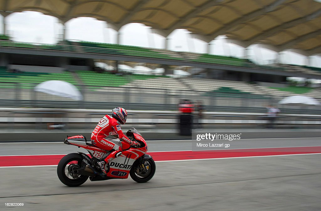 Nicky Hayden of USA and Ducati Marlboro Team returns in box during MotoGP Tests in Sepang - Day Three at Sepang Circuit on February 28, 2013 in Kuala Lumpur, Malaysia.