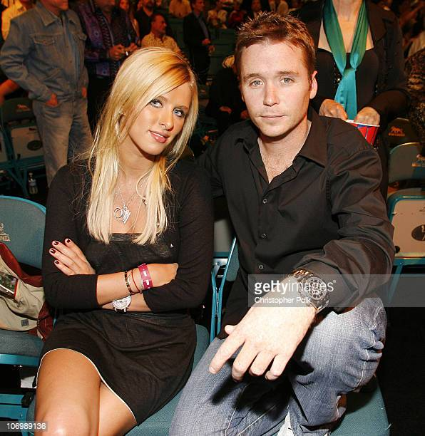 Nicky Hilton and Kevin Connolly during Super Welterweight Championship Oscar De La Hoya vs Ricardo Mayorga Ringside at MGM Grand Garden Arena in Las...