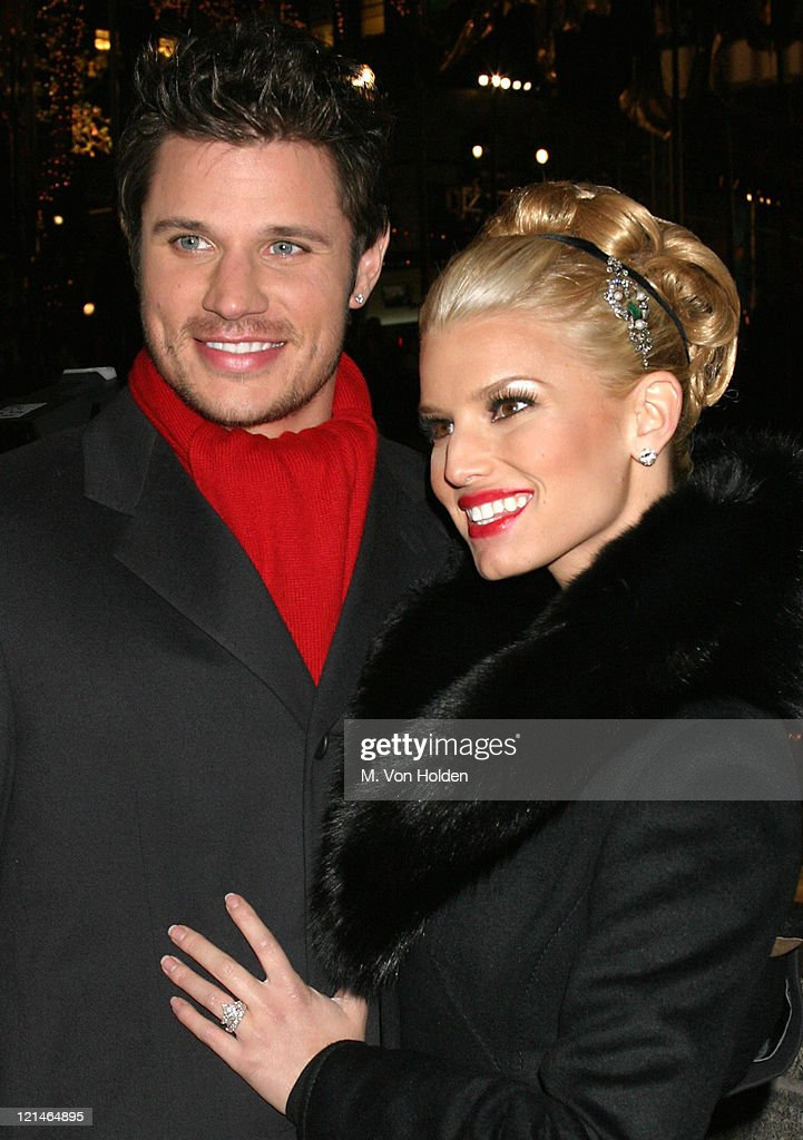 72nd Annual Rockefeller Center Christmas Tree Lighting Photos and ...