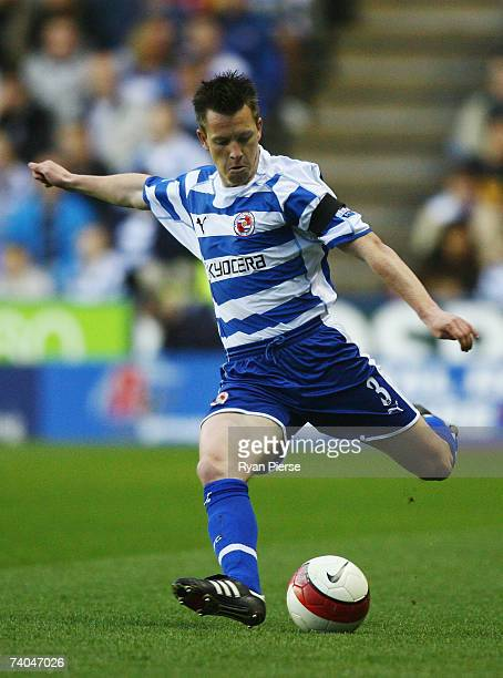 Nicky Shorey of Reading passes the ball during the Barclays Premiership match between Reading and Newcastle United at the Madejski Stadium on April...