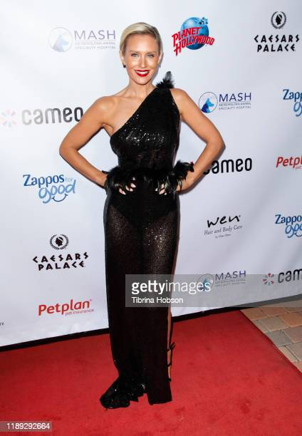 Nicky Whelan attends the 4th annual Vanderpump Dog Foundation Gala at Taglyan Cultural Complex on November 21, 2019 in Hollywood, California.