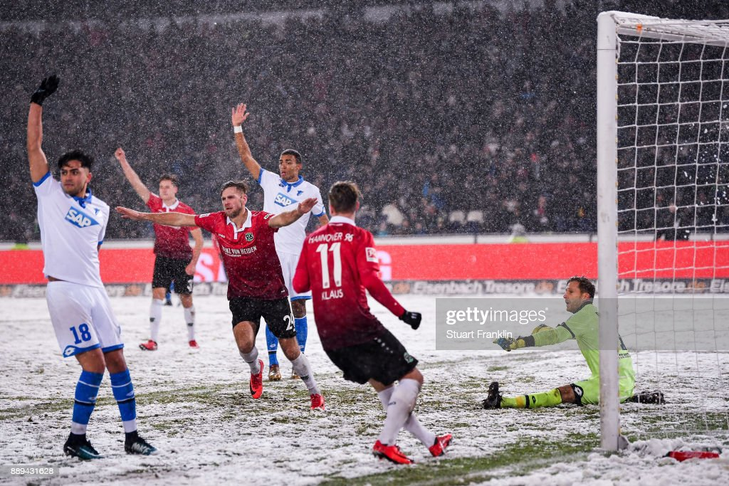 Niclas Fullkrug #24 of Hannover 96 celebrates after scoring his team's first goal to make it 1-0 during the Bundesliga match between Hannover 96 and TSG 1899 Hoffenheim at HDI-Arena on December 10, 2017 in Hanover, Germany.