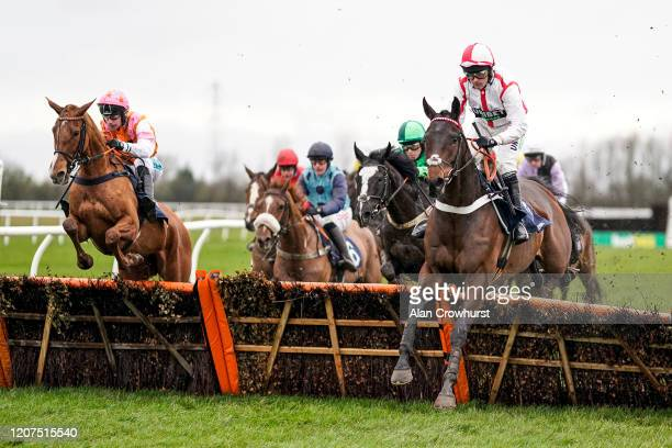 Nico de Boinville riding Fugitives Drift on their way to winning The Betway Novices' Hurdle at Huntingdon Racecourse on February 20, 2020 in...