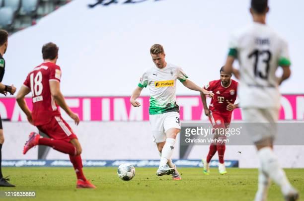 Nico Elvedi of Borussia Moenchengladbach in action during the Bundesliga match between FC Bayern Muenchen and Borussia Moenchengladbach at Allianz...