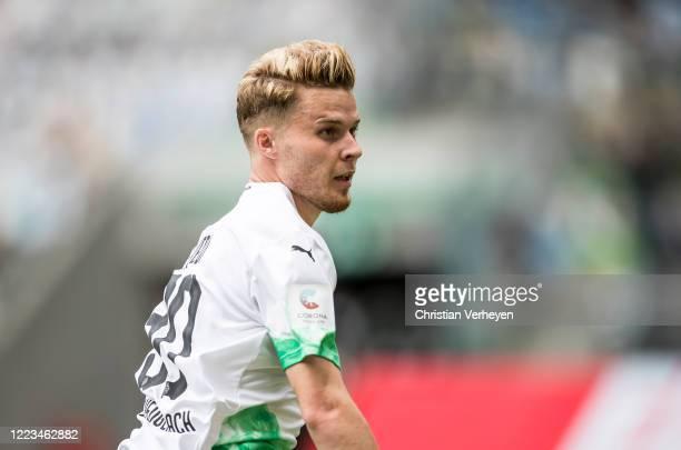 Nico Elvedi of Borussia Moenchengladbach in action during the Bundesliga match between Borussia Moenchengladbach and Hertha BSC at BorussiaPark on...