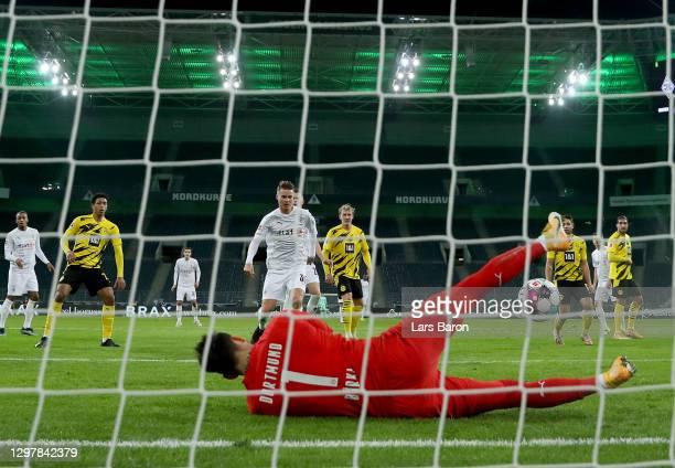 Nico Elvedi of Gladbach fails to score a goal during the Bundesliga match between Borussia Moenchengladbach and Borussia Dortmund at Borussia-Park on...