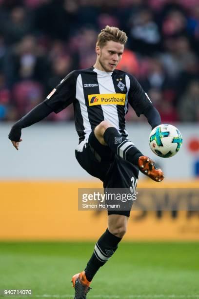Nico Elvedi of Moenchengladbach controls the ball during the Bundesliga match between 1 FSV Mainz 05 and Borussia Moenchengladbach at Opel Arena on...