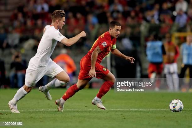 Nico Elvedi of Switzerland Eden Hazard of Belgium during the UEFA Nations league match between Belgium v Switzerland at the Koning Boudewijnstadion...
