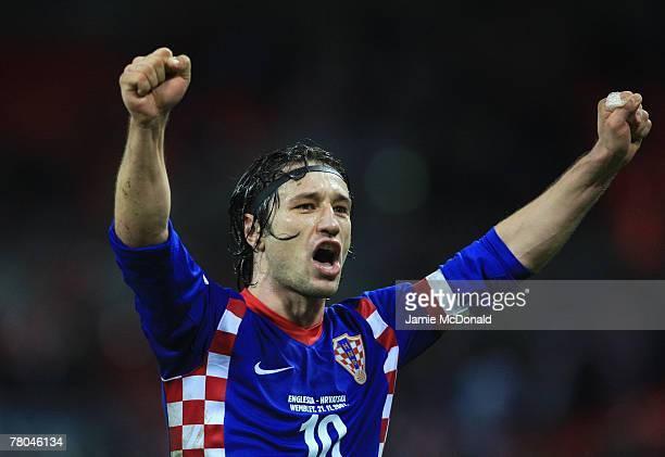 Nico Kovac of Croatia celebrates after the Euro 2008 Group E qualifying match between England and Croatia at Wembley Stadium on November 21 2007 in...