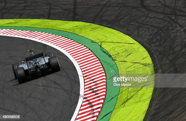 Nico Rosberg of Germany and Mercedes GP drives during qualifying for the Formula One Grand Prix of Japan at Suzuka Circuit on September 26 2015 in...