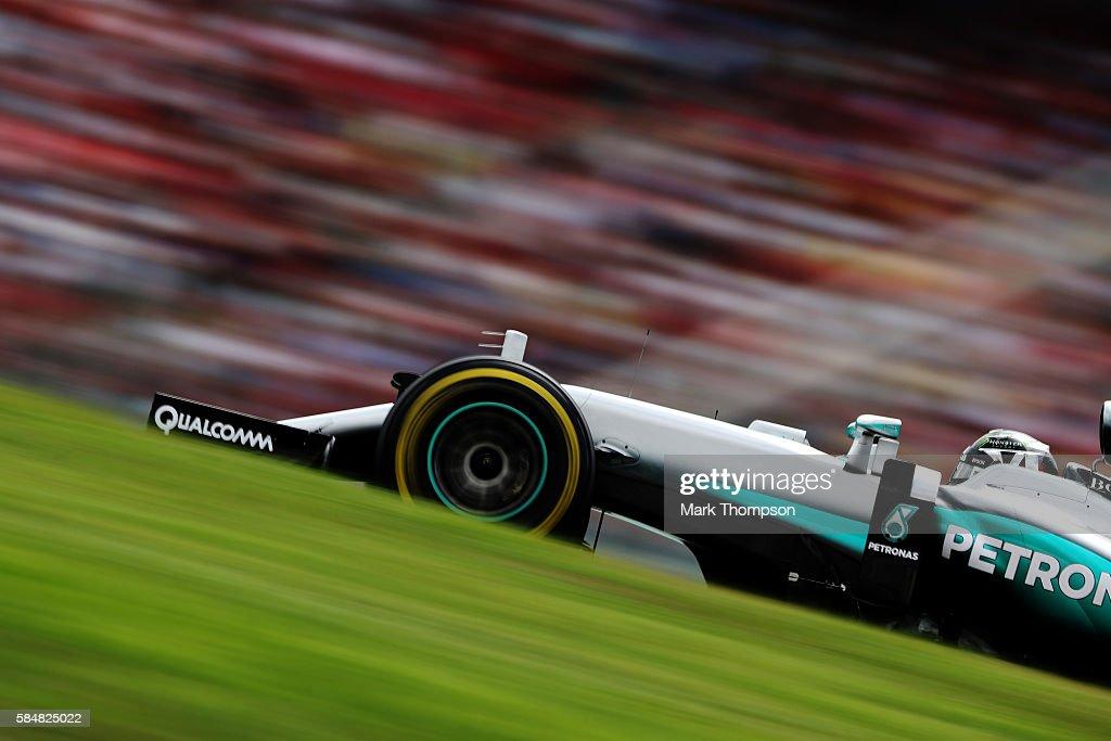 Nico Rosberg of Germany driving the (6) Mercedes AMG Petronas F1 Team Mercedes F1 WO7 Mercedes PU106C Hybrid turbo on track during the Formula One Grand Prix of Germany at Hockenheimring on July 31, 2016 in Hockenheim, Germany.