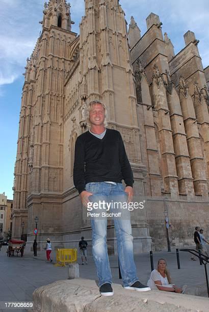 Nico Schwanz , Kathedrale, Palma de Mallorca, Insel Mallorca, Balearen, Spanien, Europa, Kirche, Urlaub, Model, Sänger, Friseur,
