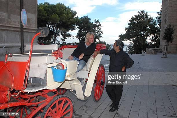 Nico Schwanz , Pferdekutscher, Kathedrale, Palma de Mallorca, Insel Mallorca, Balearen, Spanien, Europa, Kirche, Pferdekutsche, Urlaub, Model,...