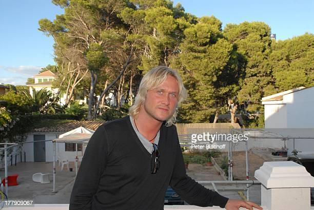 "Nico Schwanz , Terrasse, nach Auftritt in Diskothek ""Bierkönig"", nahe ""Ballermann"", El Arenal, Playa de Palma, Insel Mallorca, Balearen, Spanien,..."