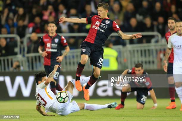 Nicolò Barella of Cagliari in action during the serie A match between Cagliari Calcio and A S Roma at Stadio Sant'Elia on May 6 2018 in Cagliari Italy