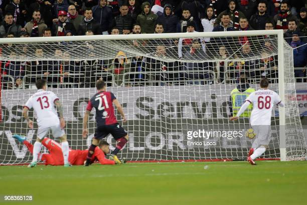 Nicolò Barella of Cagliari scores his goal 10 during the serie A match between Cagliari Calcio and AC Milan at Stadio Sant'Elia on January 21 2018 in...