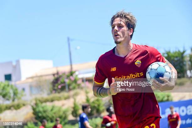 Nicolò Zaniolo during the Pre-Season Frienldy match between Belenenses AS Roma training session at on August 04, 2021 in Parchal, Portugal.