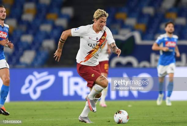 Nicolò Zaniolo of AS Roma during the Serie A match between SSC Napoli and AS Roma at Stadio San Paolo on July 05, 2020 in Naples, Italy.