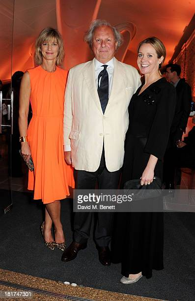 Nicola Formby Editor of Vanity Fair Graydon Carter and Kate Reardon attend a donors dinner hosted by Michael Bloomberg Graydon Carter to celebrate...