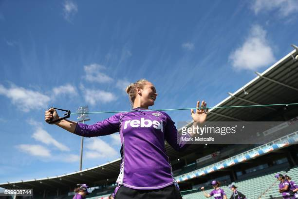 Nicola Hancock of the Hurricanes stretches before the Women's Big Bash League match between the Sydney Thunder and the Hobart Hurricanes at the...